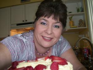 joy is strawberry cake!!